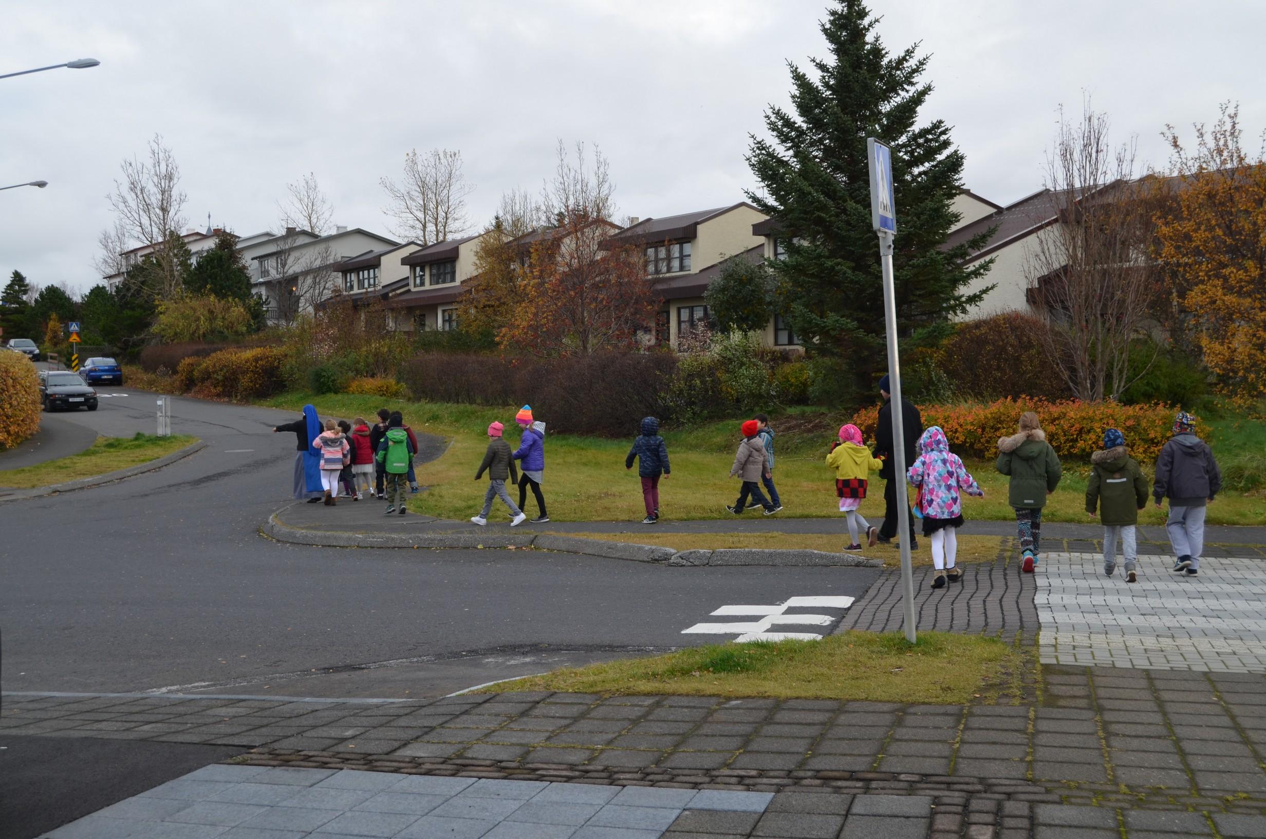 IVE-SSVM-Retreat-Comunion-kids-Iceland10