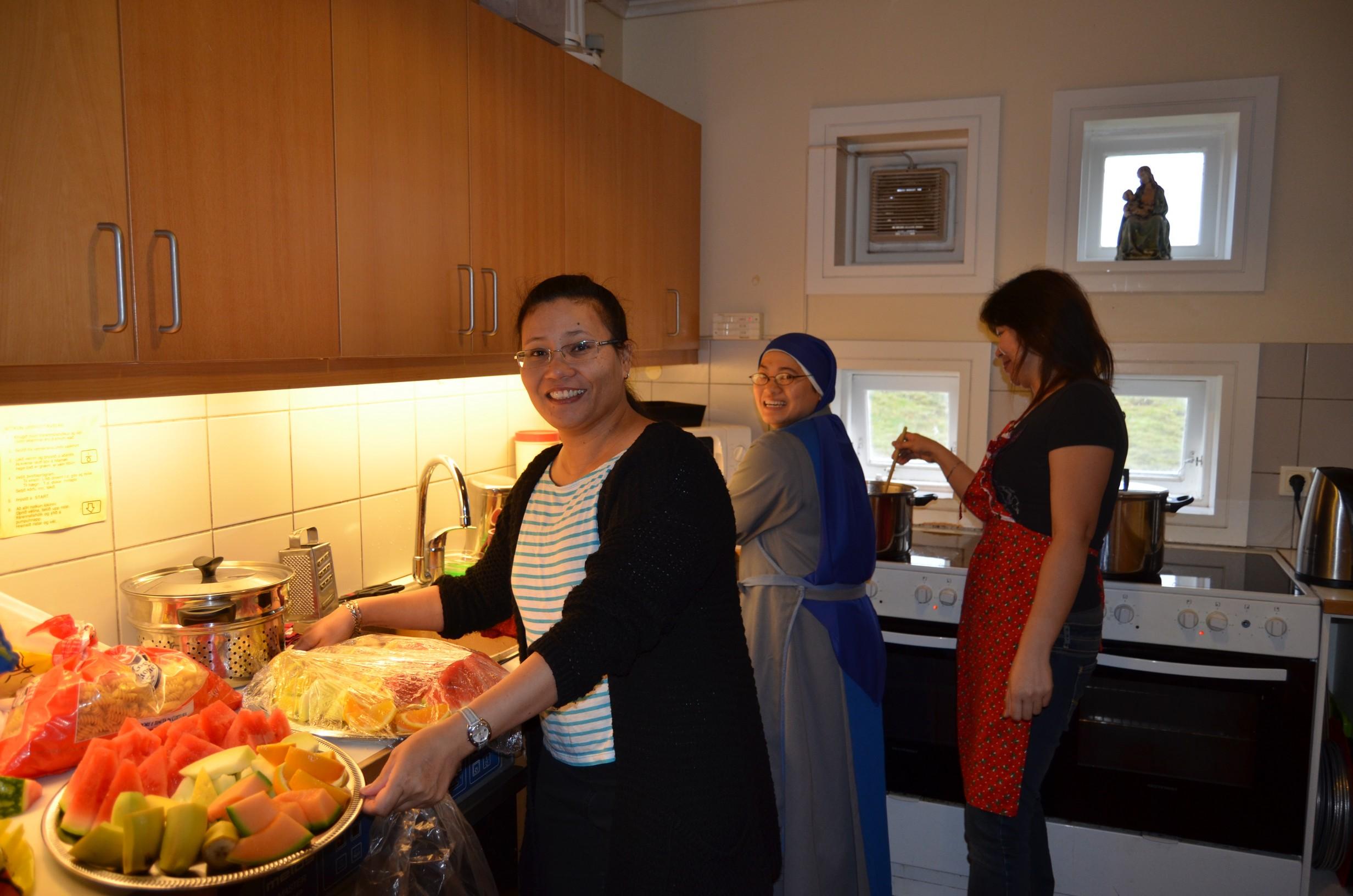IVE-SSVM-Retreat-Comunion-kids-Iceland3