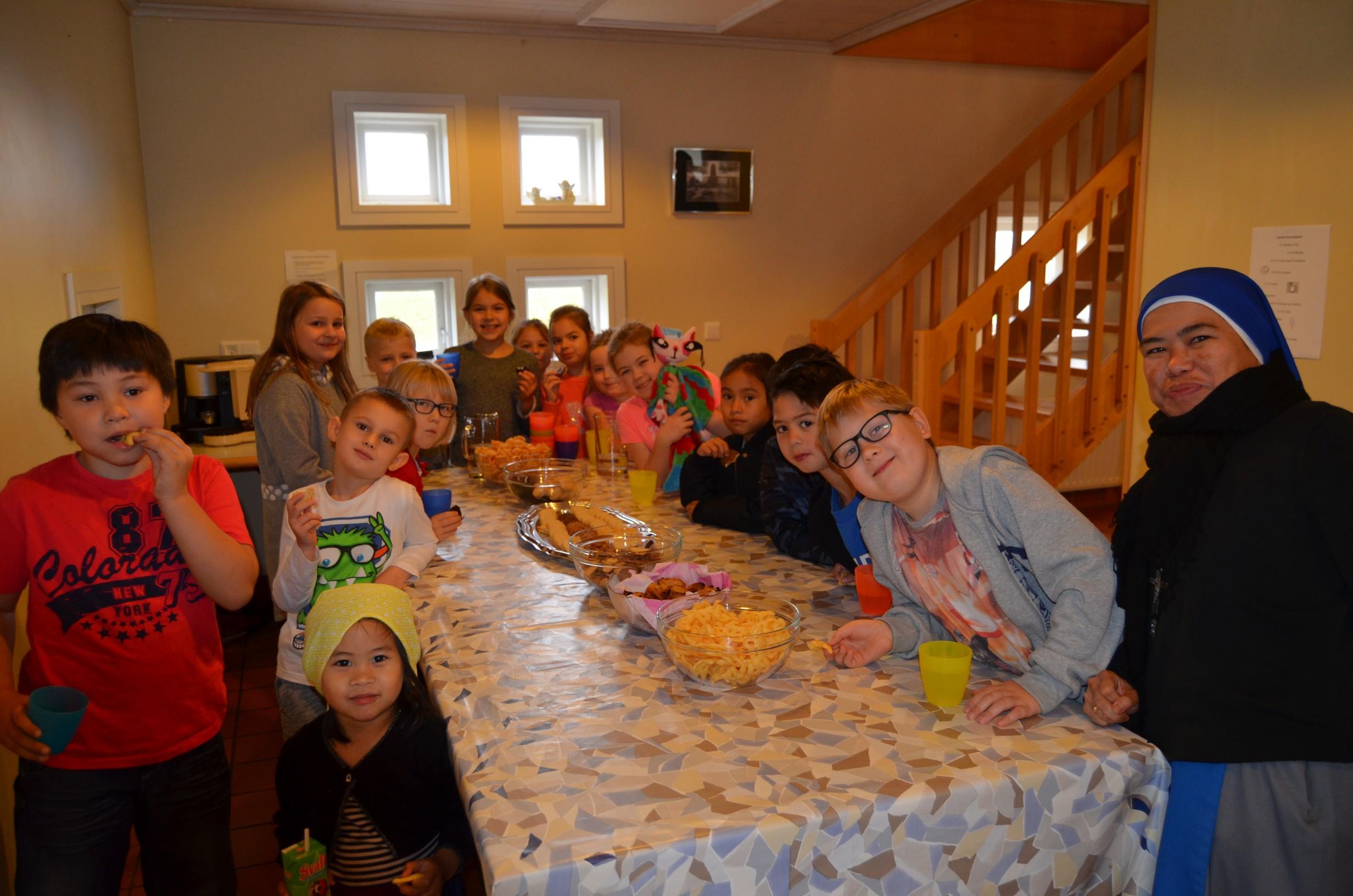 IVE-SSVM-Retreat-Comunion-kids-Iceland5